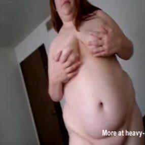Pareja gorda haciendo sexo casero