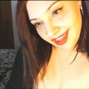 MILF disfruta profundo anal duro