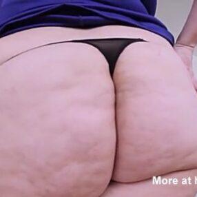 Sexy señora con masivo culo