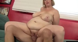 BBW Amazon madura destroza una polla