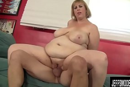 BBW Amazon destroza una polla