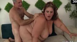 Hermosa estrella porno SSBBW con un gran culo gordo