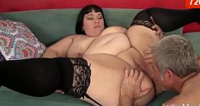 Bella gordita Alexxxis Allure sexo duro
