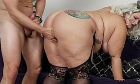 BBW PORNSTAR Follada el culo
