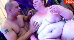 Extrema gorda bbw follada por joven chico y Cum en su cara